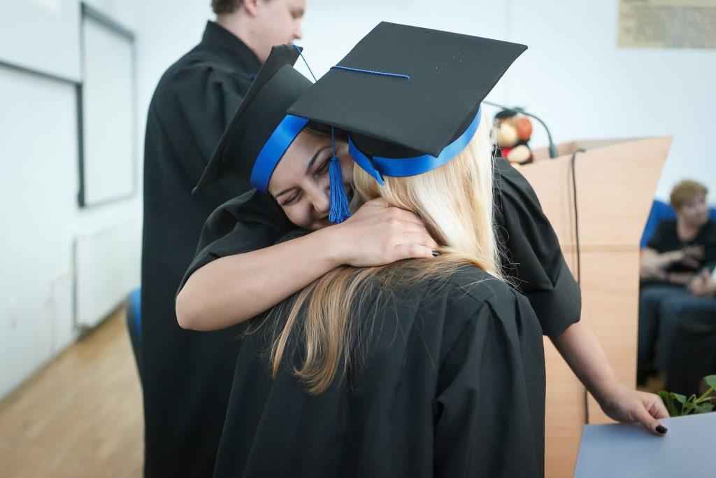 diplôme en poche